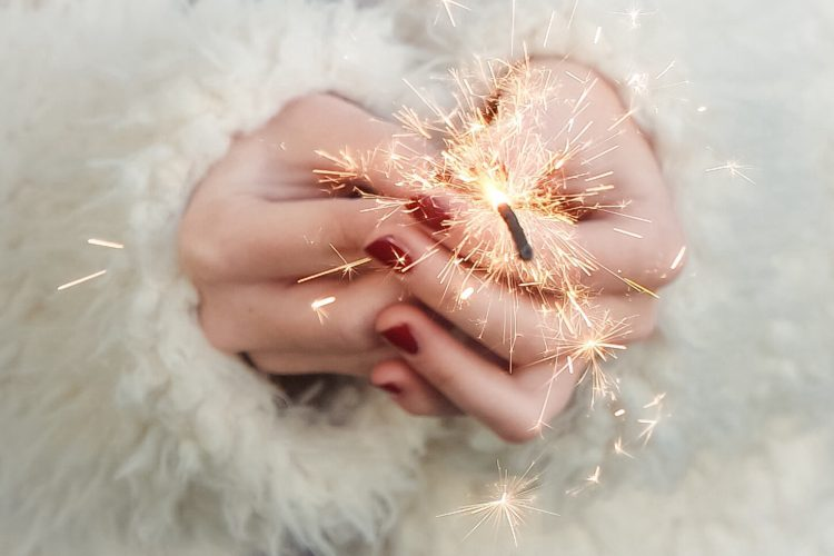 2021 financial resolutions sparkler